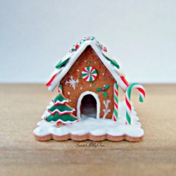 Miniature Green, White, Red Gingerbread House   Christmas Tiled Roof   Dolls Hou