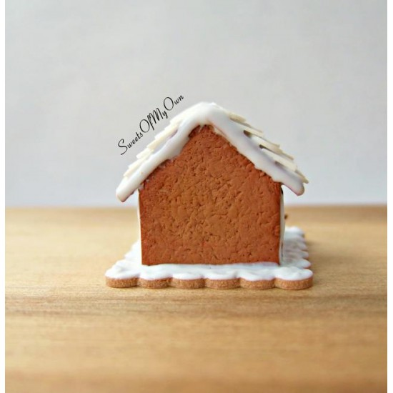Miniature White Icing Style 4 Gingerbread House  Dolls House Miniature Food   Ba