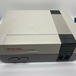 Nintendo NES Action Set Console System Complete in BOX With 11 Game Bundle