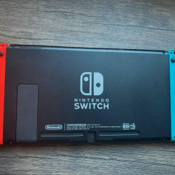 Nintendo Switch HAC-001(-01) Console with Red/Blue Joy‑Con Barely Used