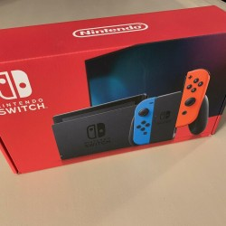Nintendo Switch 32GB Neon Red/Neon Blue Console - New V2 Version - In Hand