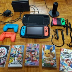 Used Nintendo Switch Console 32 GB with games