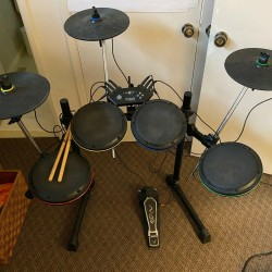 Xbox 360 ION Drum Rocker Drum Kit + 3 Cymbals ROCK BAND IED07