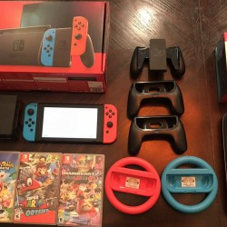 Nintendo Switch 32GB Neon Red/Neon Blue Bundle 4 Games Controllers Charging Dock