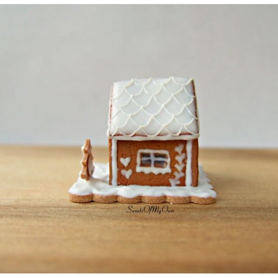 Miniature White Icing Style 2 Gingerbread House  Dolls House Miniature Food   Ba