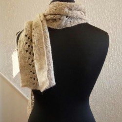 pun and Hand-knitted Scarf in North Ronaldsay Wool